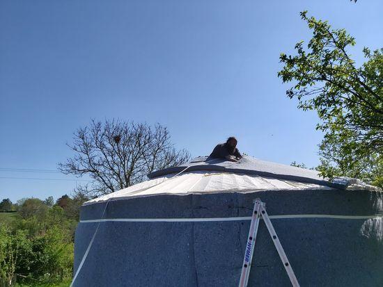 yurt bouwen aanbrengen isolatie